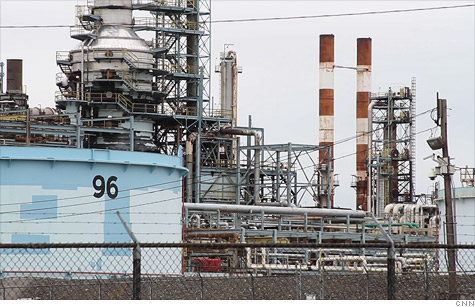 Why does Delta think it can make money running a refinery when the oil companies can't?