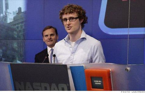 F.ounders conference leader Paddy Cosgrave rang the Nasdaq bell to close out his event's New York debut.