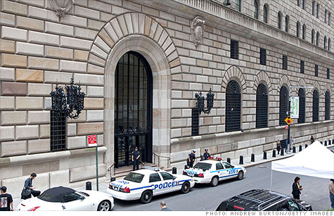 New York Fed says it had reports about Barclays and its Libor submission in 2008.
