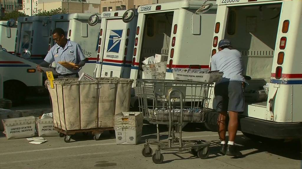 Postal Service to move closer to insolvency