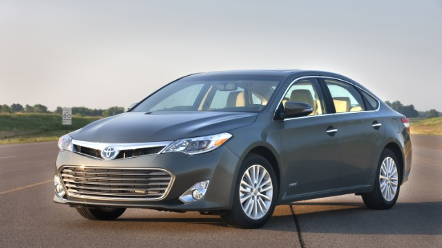 870k Toyotas recalled for spider-related problem