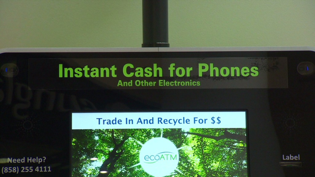 This ATM turns old cell phones into cash