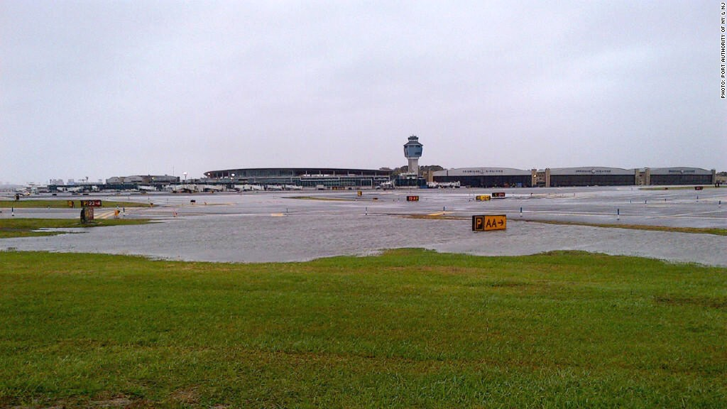 laguardia airport hurricane sandy