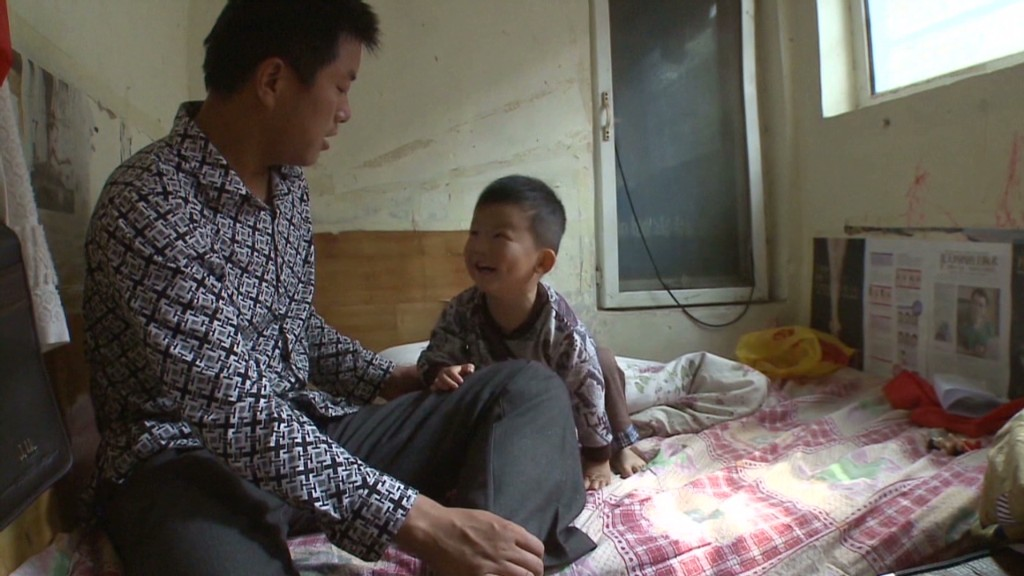 Inflation squeezes China's migrant workers