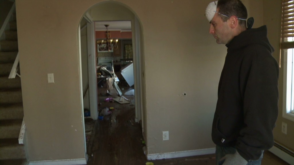 Sandy victims struggle waiting for insurance