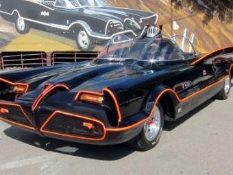 Batmobile 1958 Ferrari Sells For 8 25 Million Cnnmoney