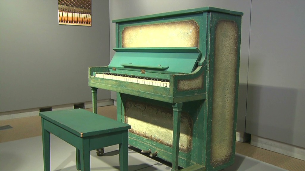 Play it again Sam: Buy Casablanca's piano