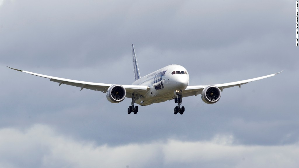 boeing dreamliner clear to fly