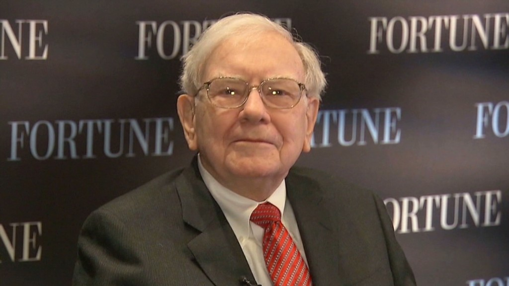 Buffett welcomes thousands to Omaha