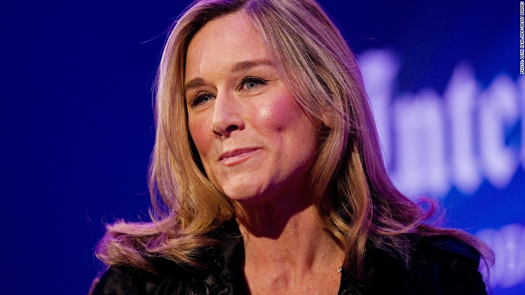 Angela Ahrendts burberry