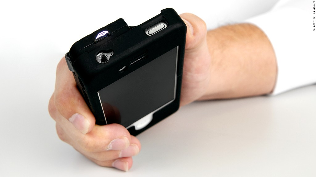 iphone stun gun an iphone that doubles as a stun gun 12357