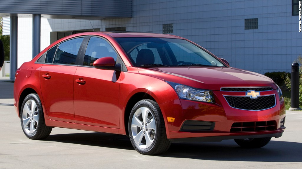 gm to recall nearly 300 000 chevrolet cruze cars. Black Bedroom Furniture Sets. Home Design Ideas