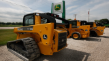 Deere: Dealer network gives us our edge