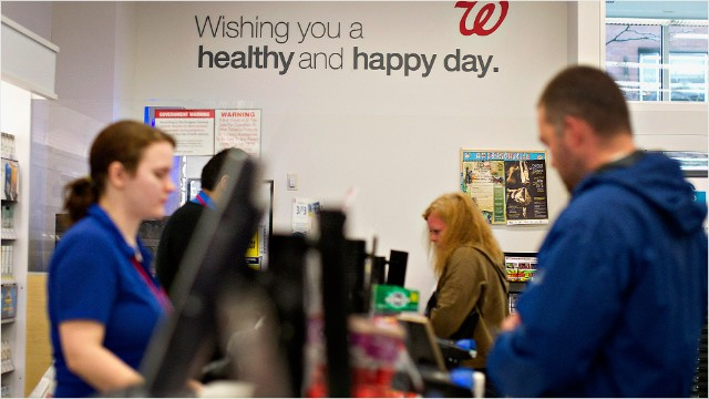 Walgreens shifts workers to private health exchanges