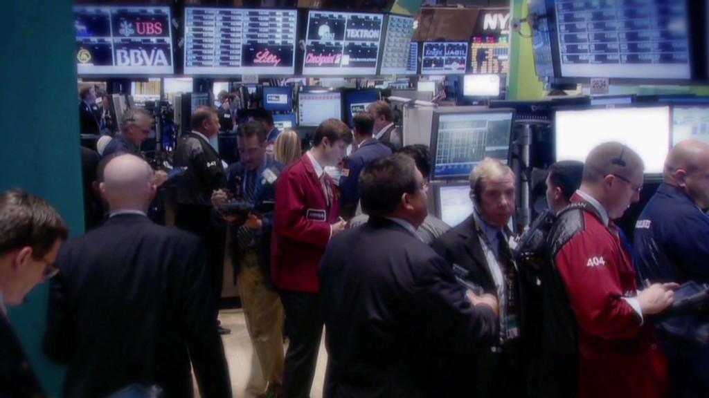 Fear returns as shutdown looms