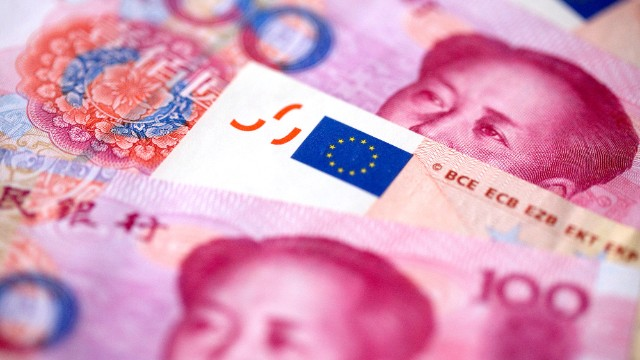 Europe China Agree Currency Deal