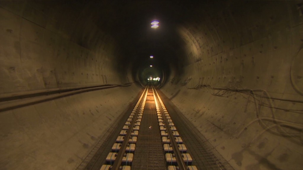 $4 billion tunnel connects Europe and Asia
