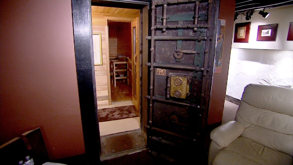 Bank Vault Turned Sauna Inside A Bank Turned Luxury Home