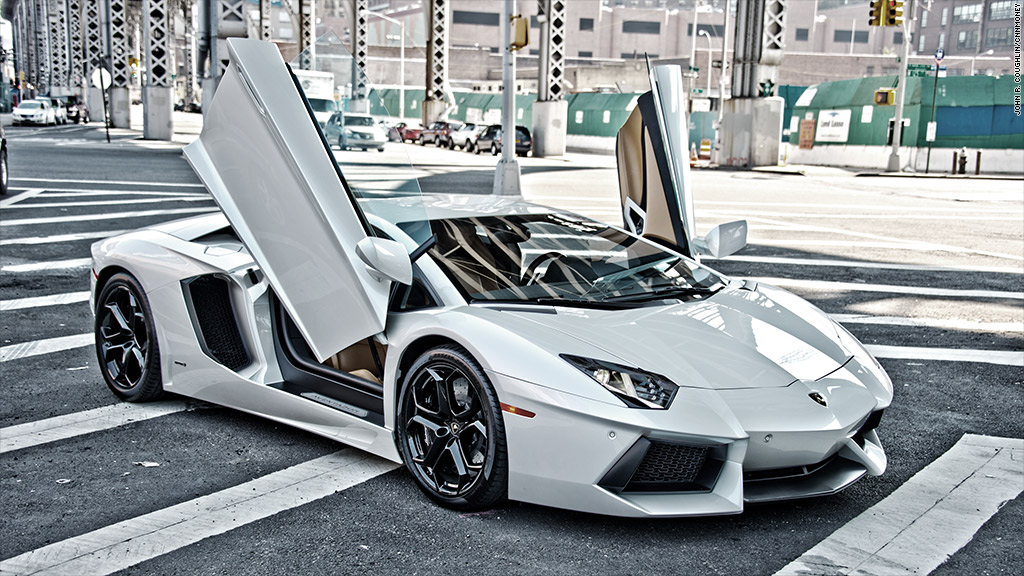 Lamborghini Sports Car >> Lamborghini - Exotic car sales surge to record high - except Ferrari - CNNMoney