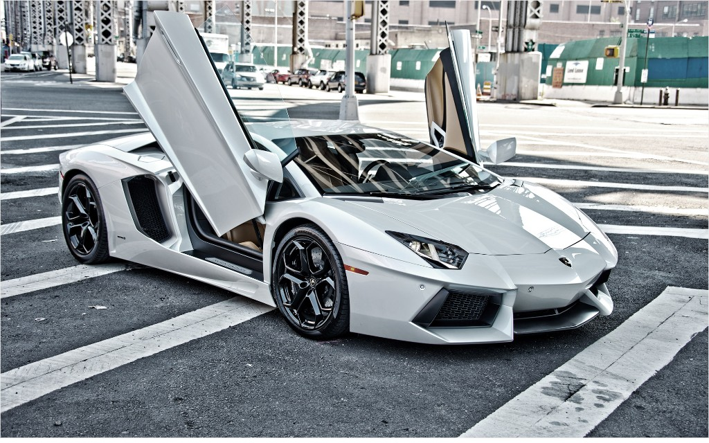 No Slide Name Set Lamborghini Aventador Insanity In The Big City Cnnmoney