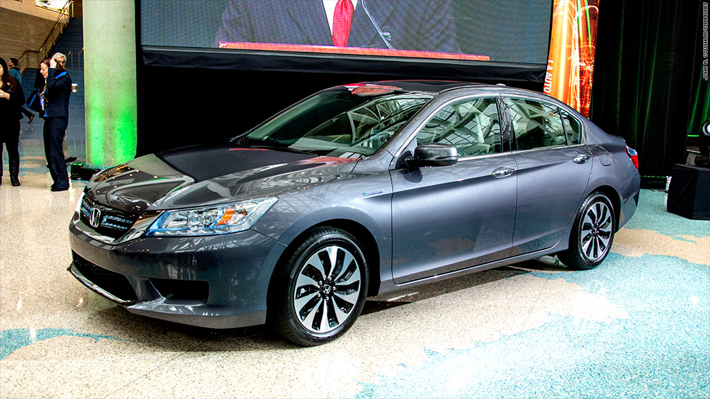 green car of the year honda accord hybrid