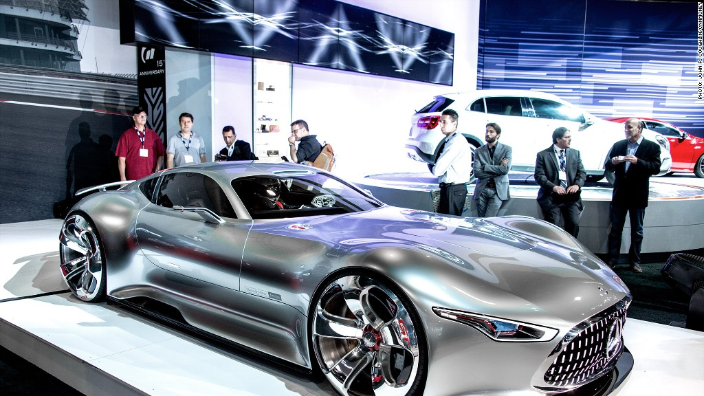 MercedesBenz AMG Vision Gran Turismo Cool Cars From The LA Auto - Mercedes benz car show