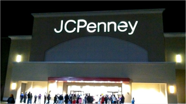 870d8b0b9a75 J.C. Penney shows signs of life on Black Friday