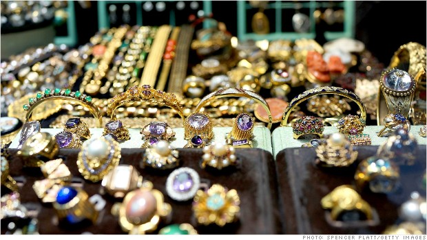 Bling and baubles win out as holiday's hottest gifts