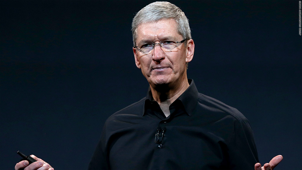 tim cook salary
