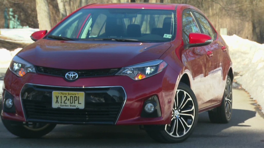 Toyota Corolla S: Sharp looks, dull drive