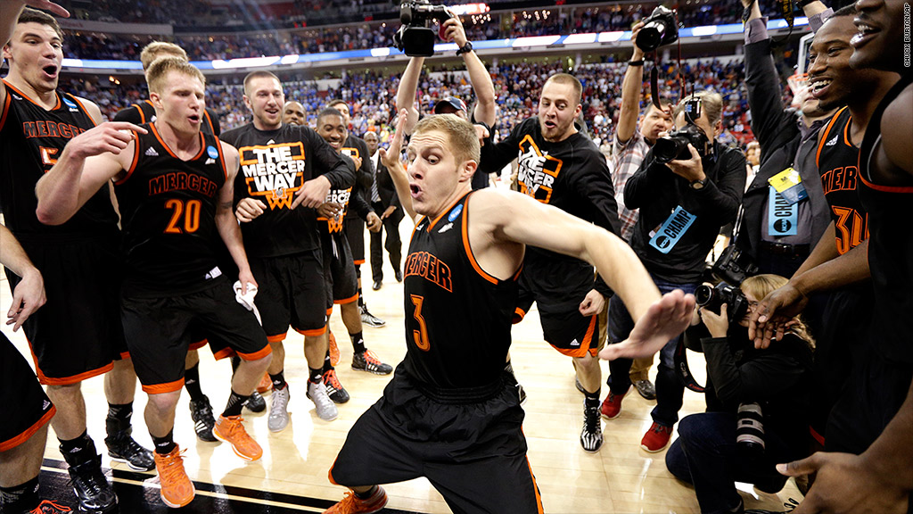 ncaa mercer beat duke