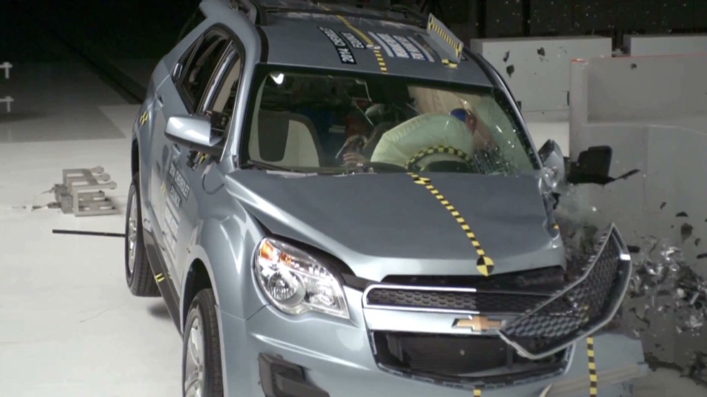 Watch GM SUVs pass crash test