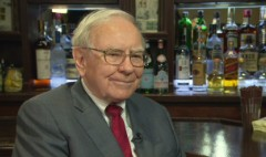 Buffett on minimum wage, the 1% & Clinton