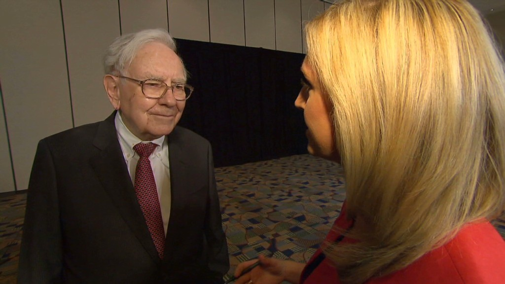 Buffett on CEO pay and low wages