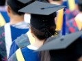 Fewer students have jobs on graduation day