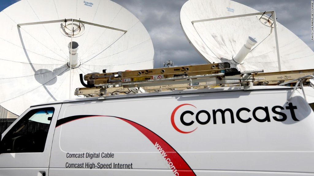 Comcast plans data limits for all customers