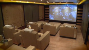 Mega yacht Natita with a movie theater_00012025