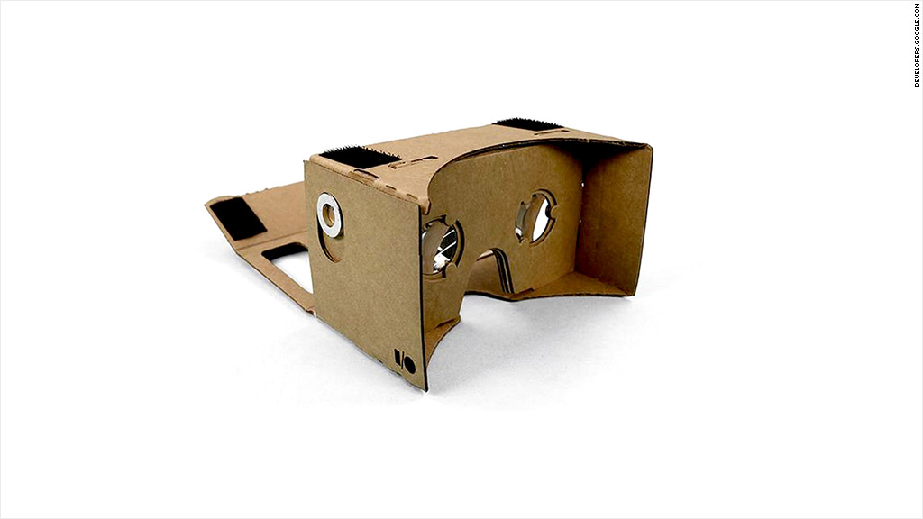 Google\'s cardboard virtual-reality goggles