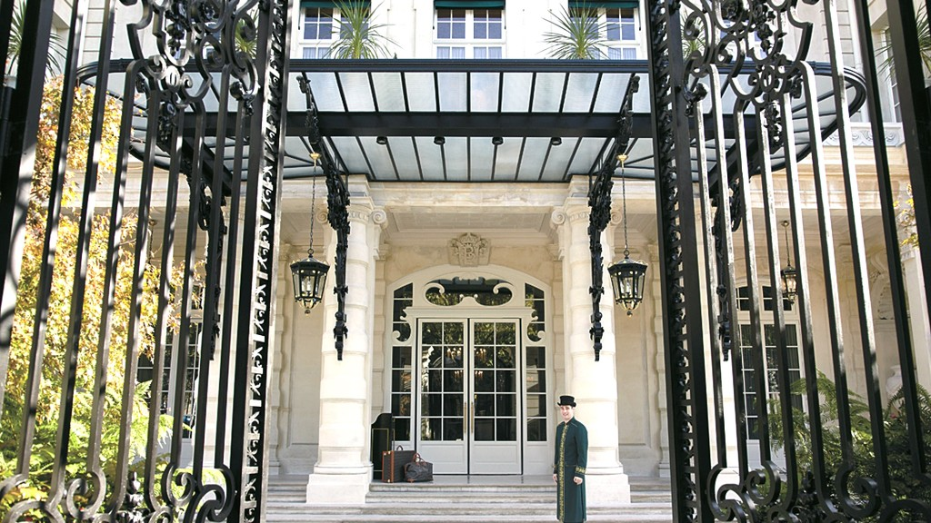 best hotels shangri la
