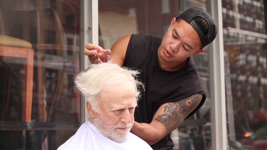 Upscale stylist gives free cuts to homeless