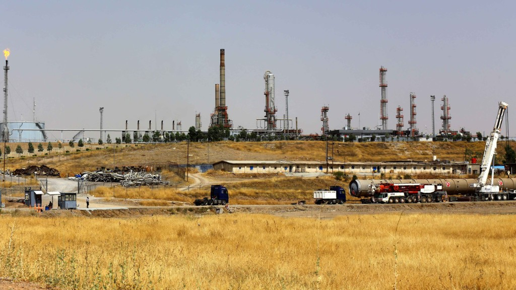 ISIS profits on black market oil in Iraq