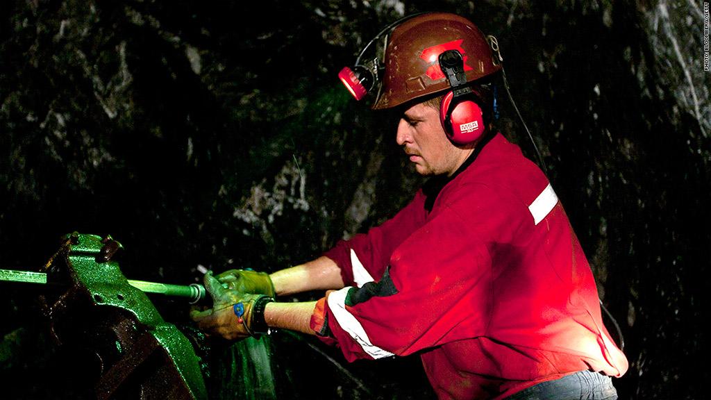 miner operating machine