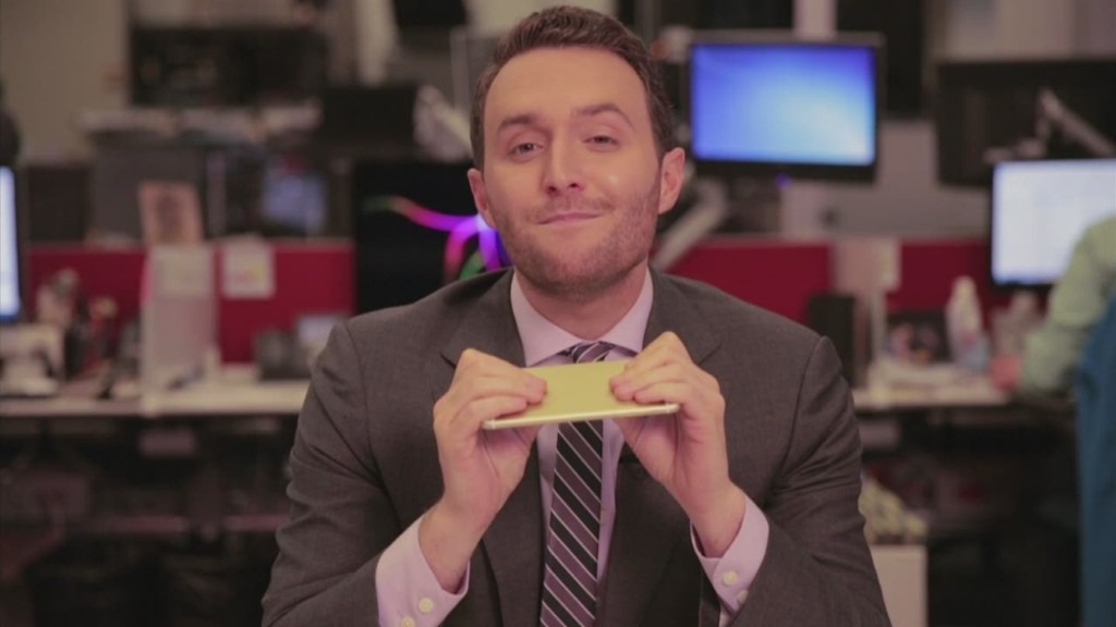 Does the iPhone 6 Plus bend? CNN tests.
