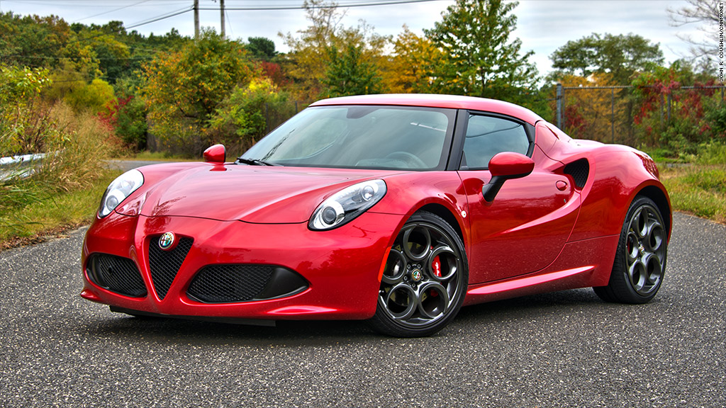 we 39 re in a love hate relationship alfa romeo 4c awfully fun cnnmoney. Black Bedroom Furniture Sets. Home Design Ideas