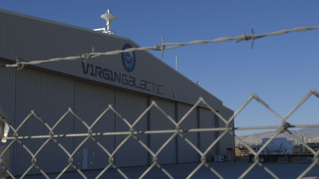 Virgin Galactic sways passengers back