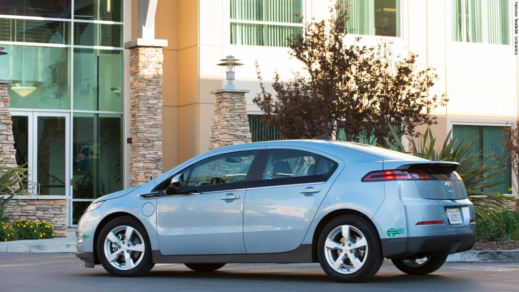 Hybridelectric Chevrolet Volt Kelley Blue Book Names Best Buy