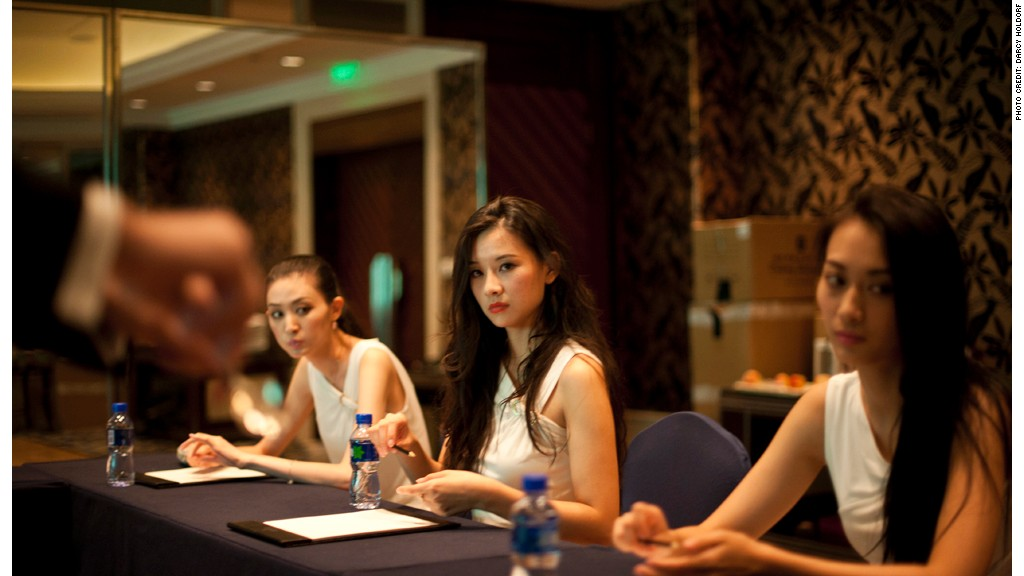 The next big thing for China's wealthy: Etiquette classes