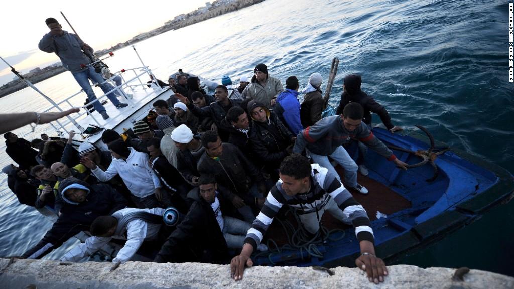 lampedusa migrants boat