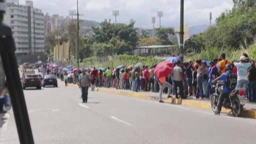 Venezuelans face long lines for basics