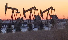Oil boomtown: 'We could see 20,000 layoffs by June'